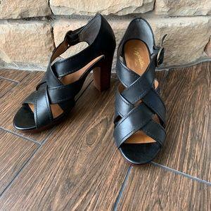 Seychelles Chunky Heel Sandal Sz 8